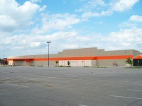 Opened in 2005, Home Depot lasted only 3 years in the loyal Bismarck market.
